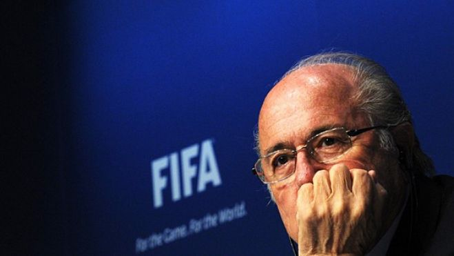 Fifa. Lo scandalo Blatter, eletto e dimissionario. VIDEO