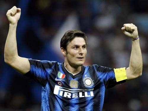 Calcio.SerieA. Derby all'Inter e Milan a -12