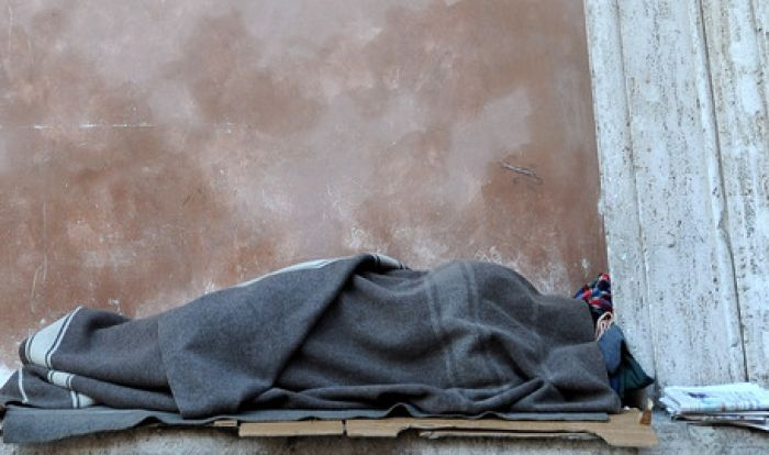 Clochard bruciato vivo, l'assassino confessa
