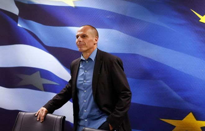 "Grecia. Varoufakis vuole uno ""swap"" e attacca l'euro. VIDEO"
