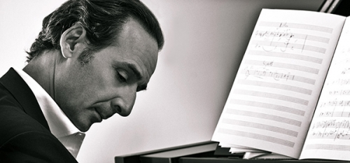 Venezia 71. Presiede Alexandre Desplat, musicista di Twilight e Harry Potter. Video