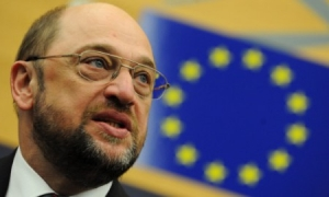 Accordo al parlamento europeo, Schulz riconfermato presidente. IL VIDEO