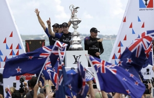 Vela. America's Cup. New Zealand batte Oracle 7-1. La Coppa ritorna a Auckland