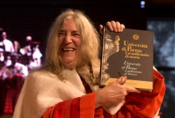 Patti Smith, Laurea ad Honorem in Europa