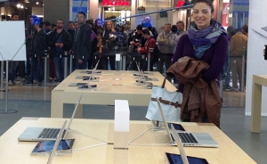 Un waka-waka all'amatriciana battezza l'Apple Store di Porta di Roma