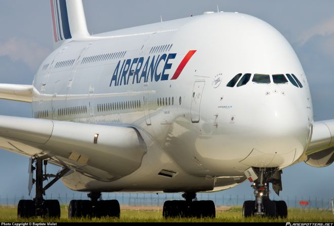 Finta bomba a bordo. Paura sul volo Air France