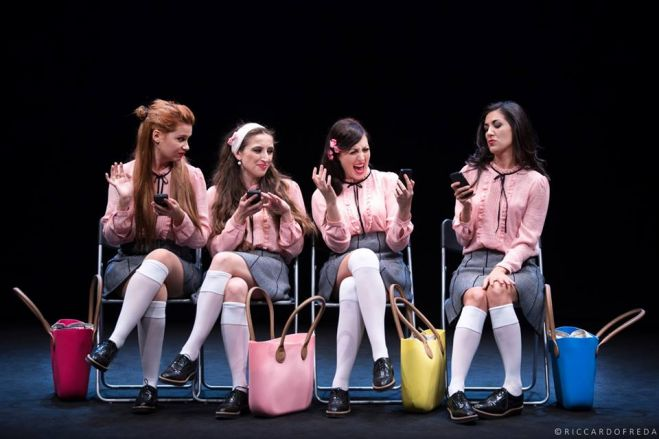 "Teatro Due. Torna ""Girls like That"", il ritmo inarrestabile della crudeltà"