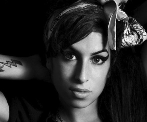 Amy Winehouse. Una stella che di lassù ci guarda. Video